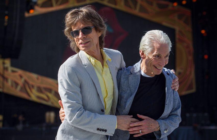 Vajon miért nem mentek el Mick Jaggerék a Rolling Stones dobosának temetésére?