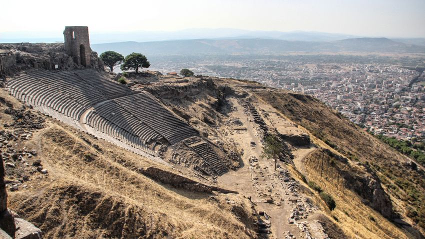 Névre szóló ülőhelyeket találtak a pergamoni amfiteátrumban