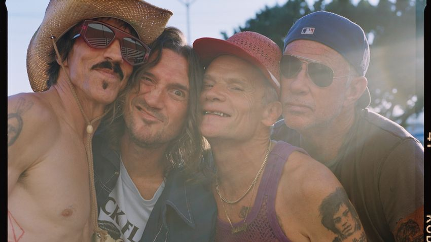 A Red Hot Chili Peppers június 15-én a Puskás Arénában lép fel
