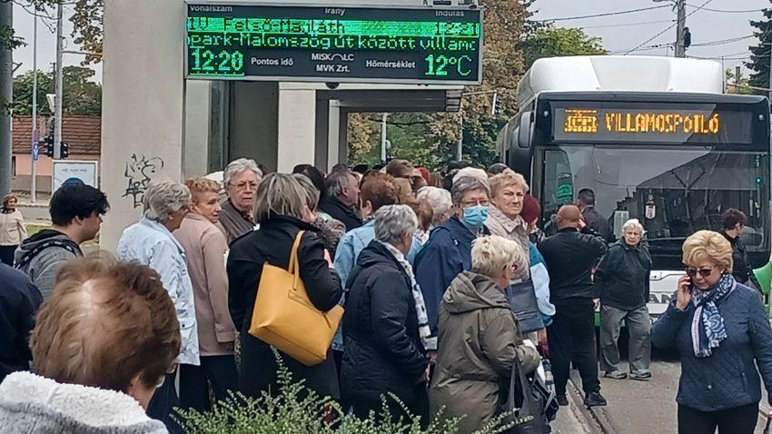 Hétszázmillió forintot keres a Fidesz a miskolci városvezetésen