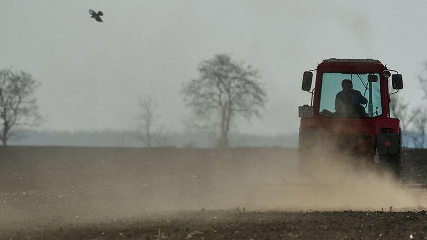 Brüsszel máris felrúgná a megállapodást az új agrárpolitikáról