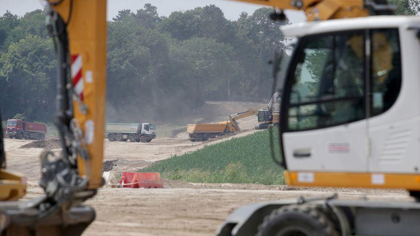 Tovább építik az M9-es autópályát