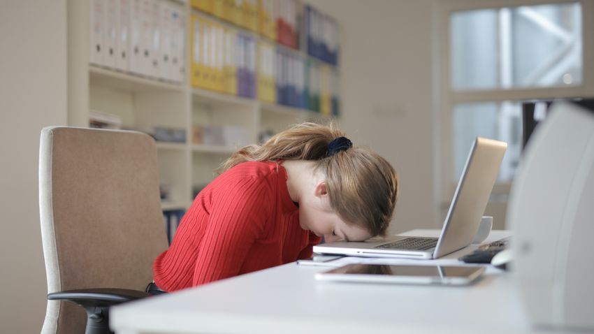 Nehéz regenerálódni a tartós alváshiány után