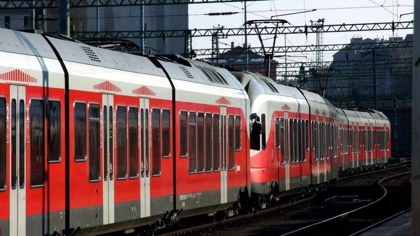 Újabb elővárosi vonalon közlekedhetnek 120-szal a vonatok