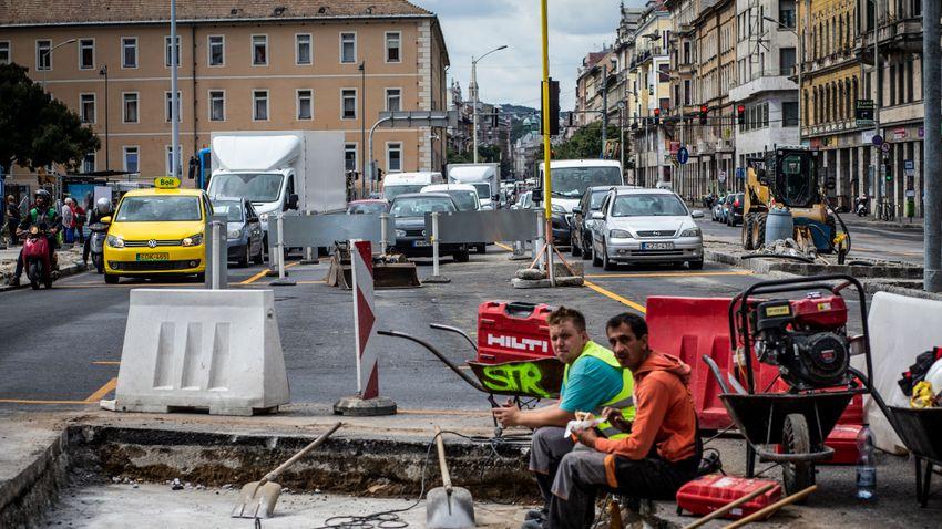 Budapest, a magára hagyott város