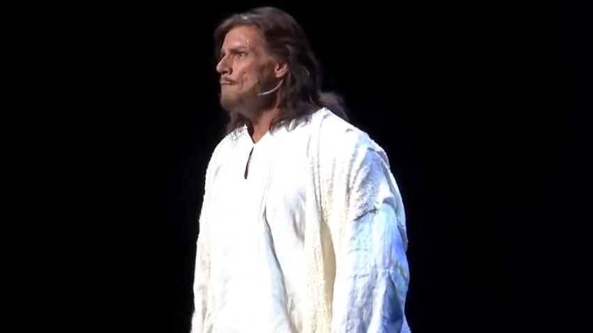 Súlyos betegsége után tért vissza a színpadra a népszerű magyar színész