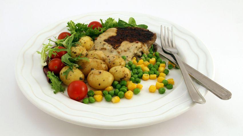 Mennyi étel kerülhet a tányérra, ha fogyni szeretnénk?
